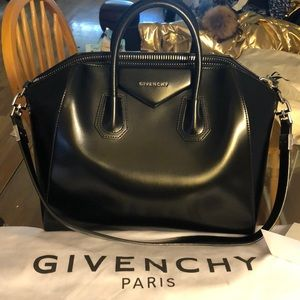 Givenchy Antigona Medium Satchel